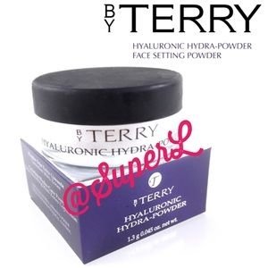 2/$20 By Terry HYALURONIC FACE SETTING POWDER